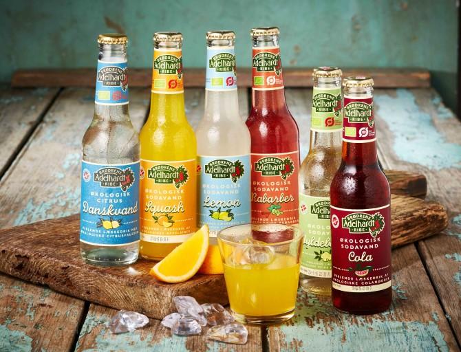 Emballagedesign Adelhardt økologisk sodavand
